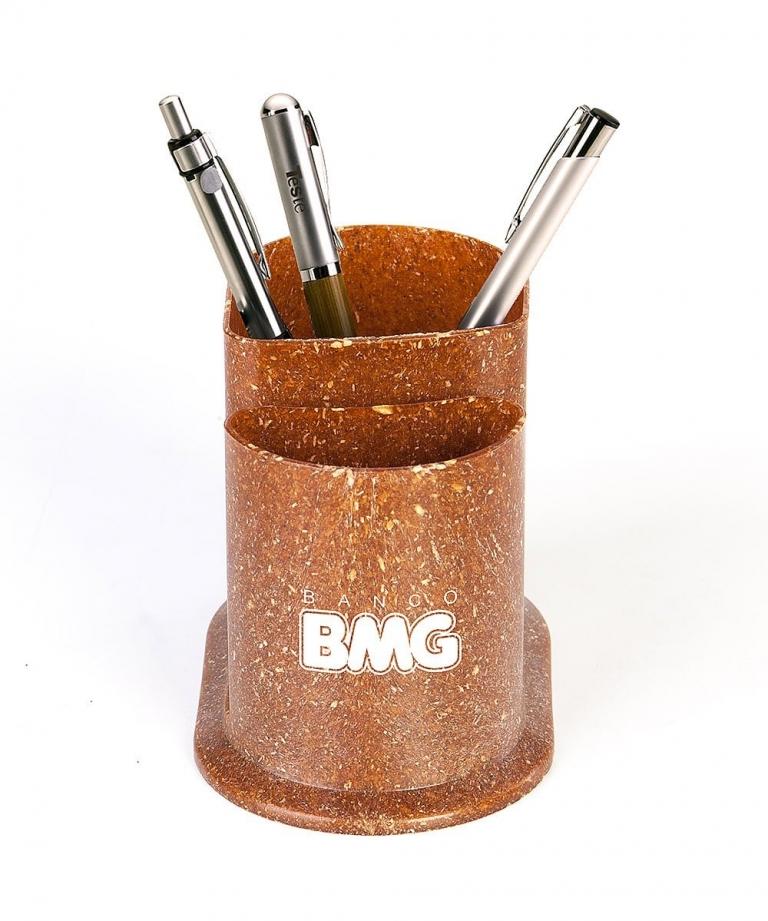 Porta lápis e canetas