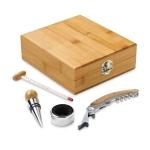 Brinde Kit Vinho Especial com 4 Peças e Caixa em Bambu